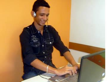 Tarieven voor online Spaanse lessen gaat van $15 tot $20 per uur
